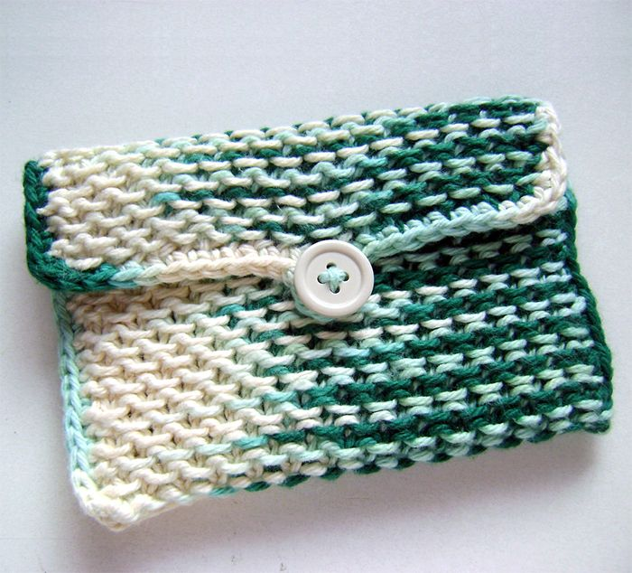 Free Knitting Pattern for Chinese Waves Pouch | clutch knit patterns ...