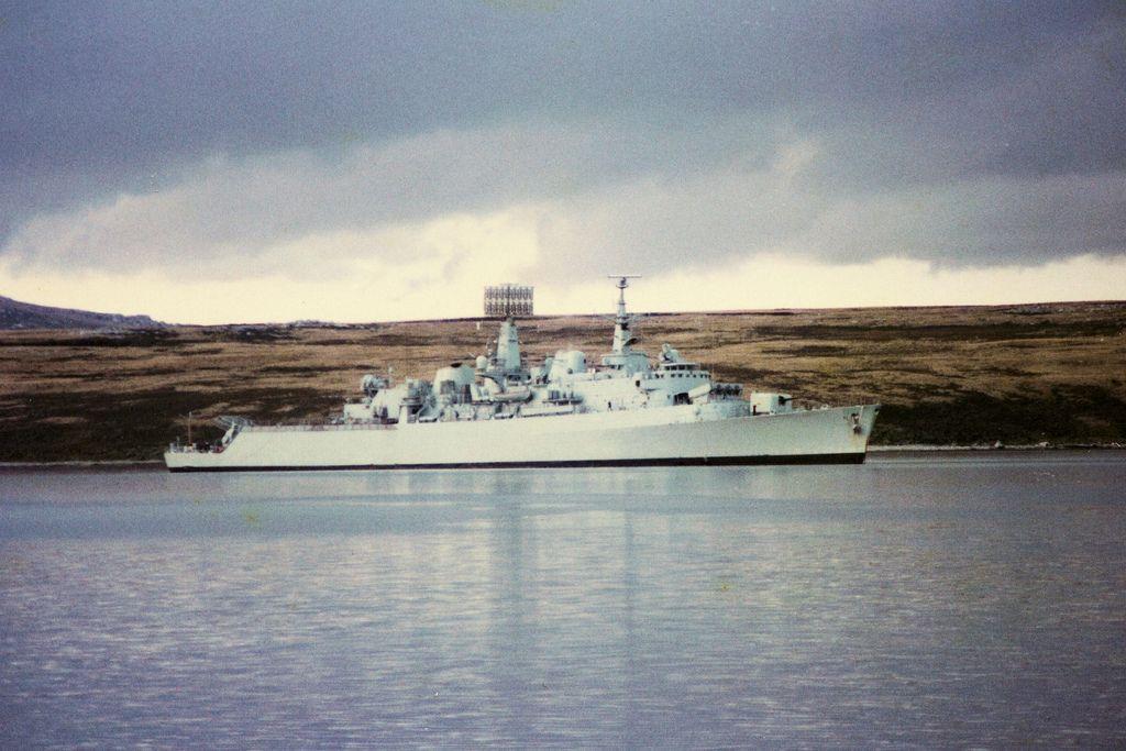 Hms Fife In Port Stanley Royal Navy Ships Navy Day Navy Ships