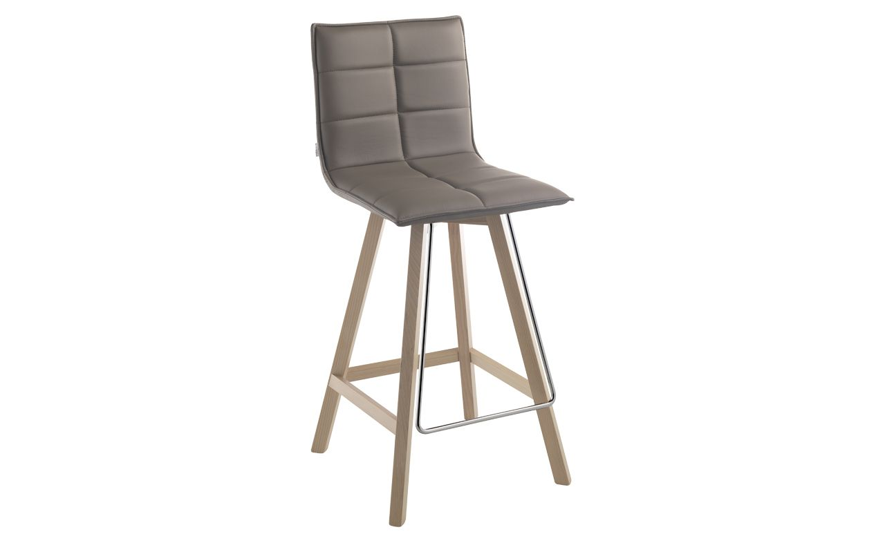 Quatre Pieds Tabourets De Bar Dream 4 Bar Stool By Schmidt Bar Stool In Beech Wood Seat