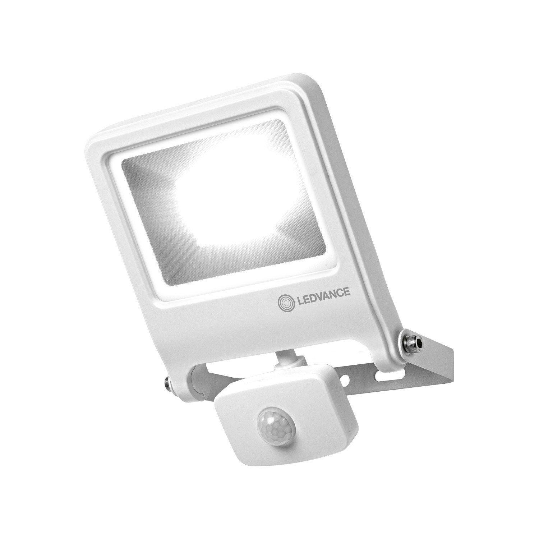 Projecteur A Detection Exterieur Led 2400 Lm Blanc Sensor Endura Flood Ledvance Led Projecteur Led Exterieur Et Projecteur