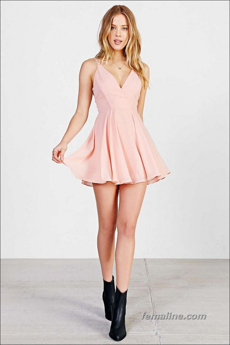 52 Perfect Beautiful Dresses For Valentine\'s Day   Volantes y Ropa
