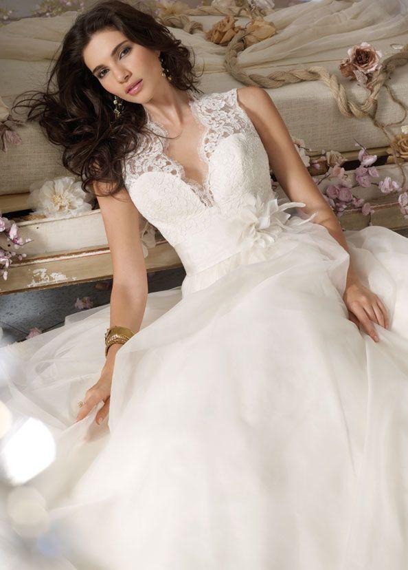 Ivory Silk Organza bridal ball gown, sleeveless Ivory Alencon Lace ...