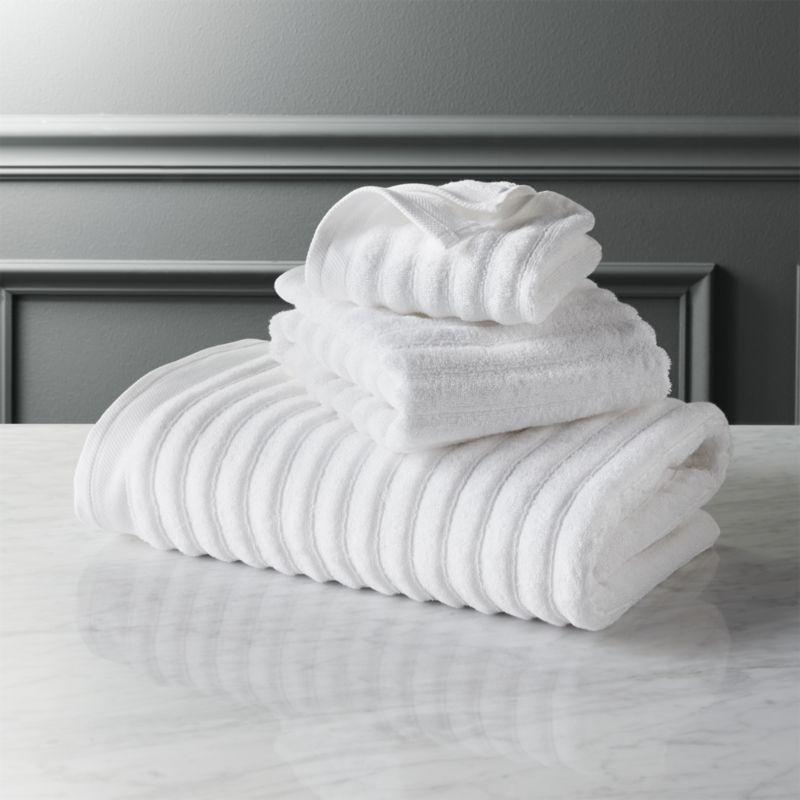 Channel White Cotton Bath Towels Cb2 Cotton Bath Towels White Bath Towels Decorative Bath Towels