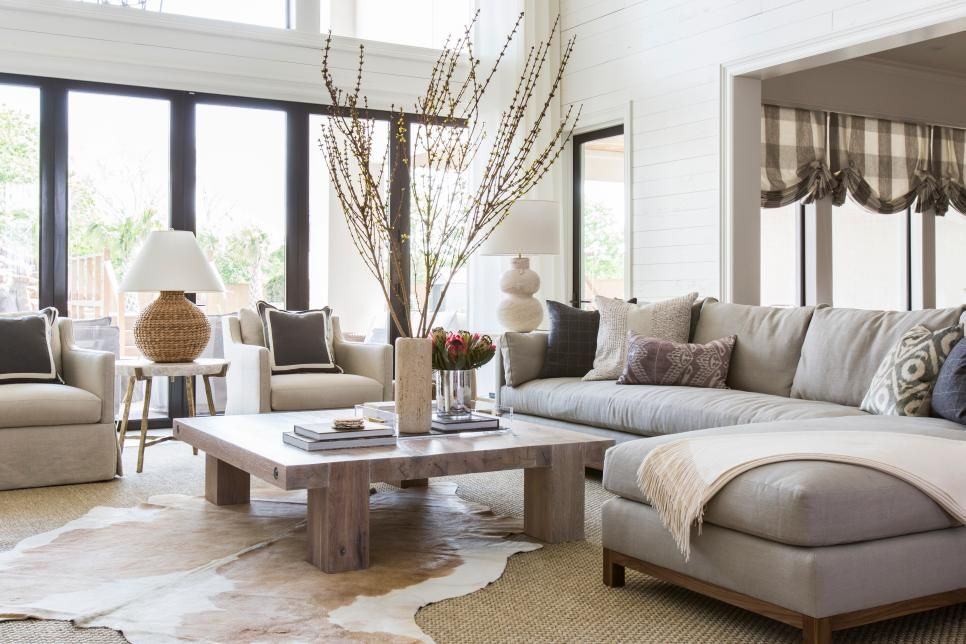 Dramatic Before Afters Hgtv Faces Of Design 2018 Hgtv Living Room Warm Warm Living Room Colors Transitional Living Room Warm