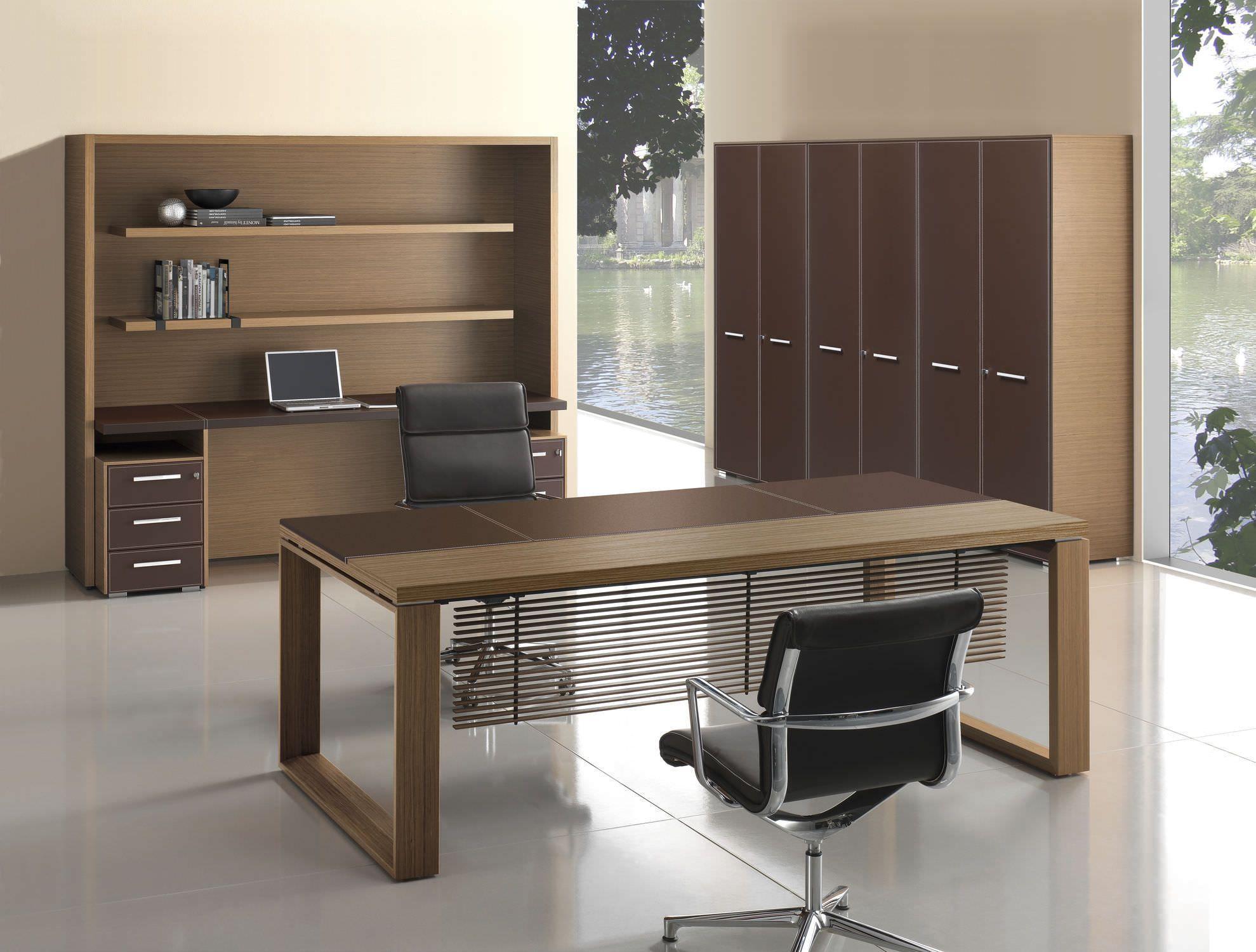 Escritorio De Director Moderno Arche Bralco Diseño De Mobiliario De Oficina Muebles De Oficina Ejecutiva Decorar Oficinas En Casa