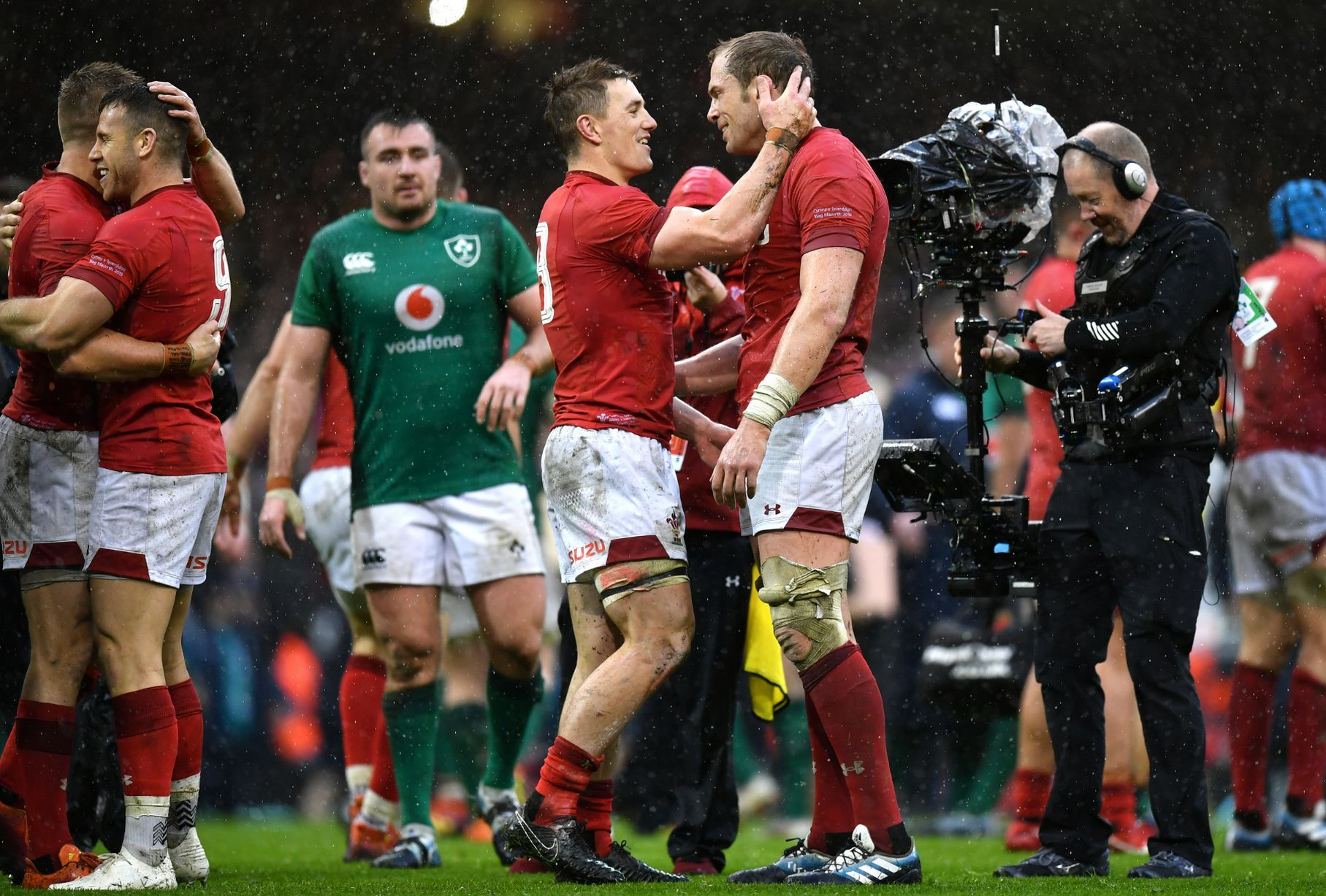 The Best Pictures From Wales Unforgettable Grand Slam Weekend Welsh Rugby Wales Rugby Rugby News Welsh Rugby