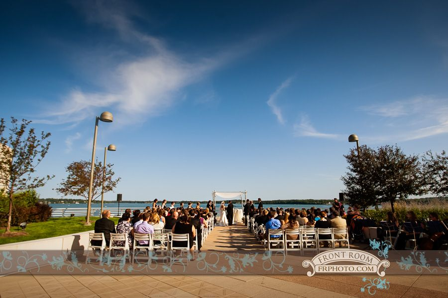 Tracy Jason Chose The Monona Terrace Rooftop Garden For Their Beautiful Outdoor Ceremony On Their Wedding Day Monona Terrace Outdoor Ceremony Outdoor Wedding