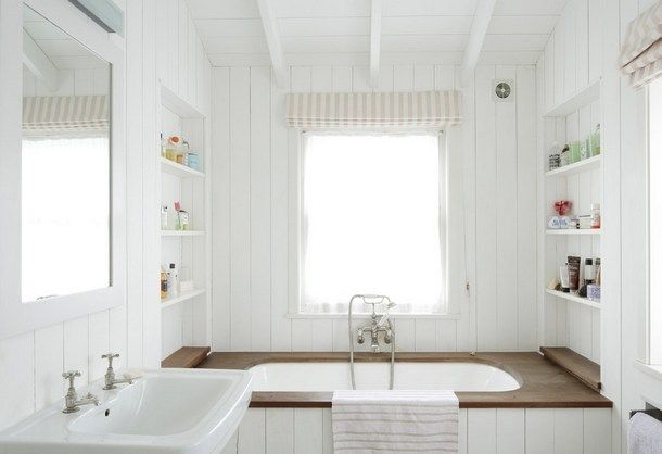 White and wood cabin style