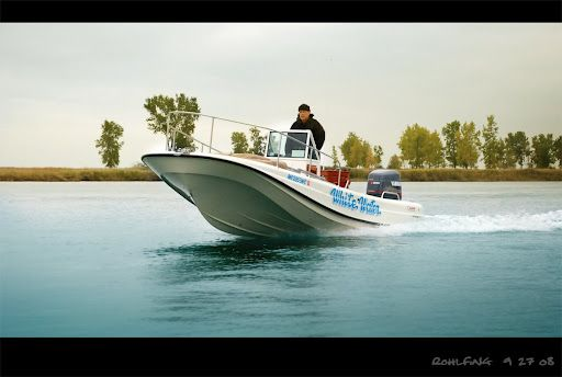 Boston Whaler, Outrage, 21  -Photo Credit © Jeff Rohlfing | Classic