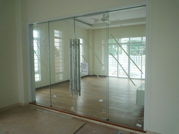 interior glass office doors. bear glass inc is a full fabricator specializing in high quality doors interior office