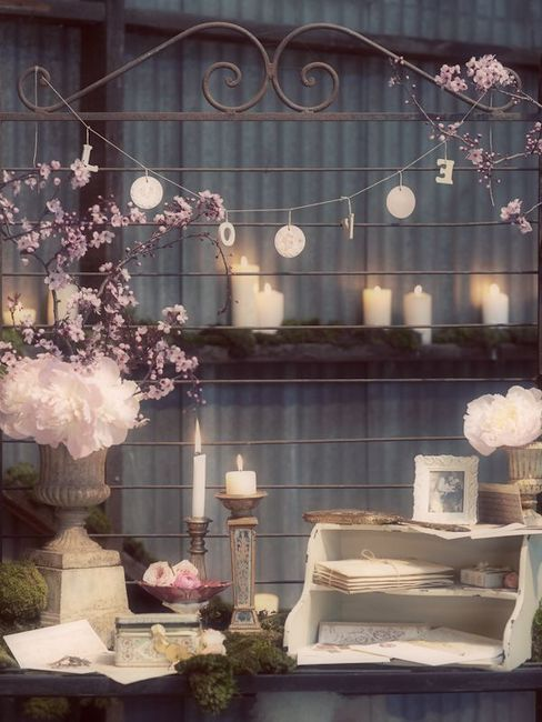 Shabby Chic Decor with Candles