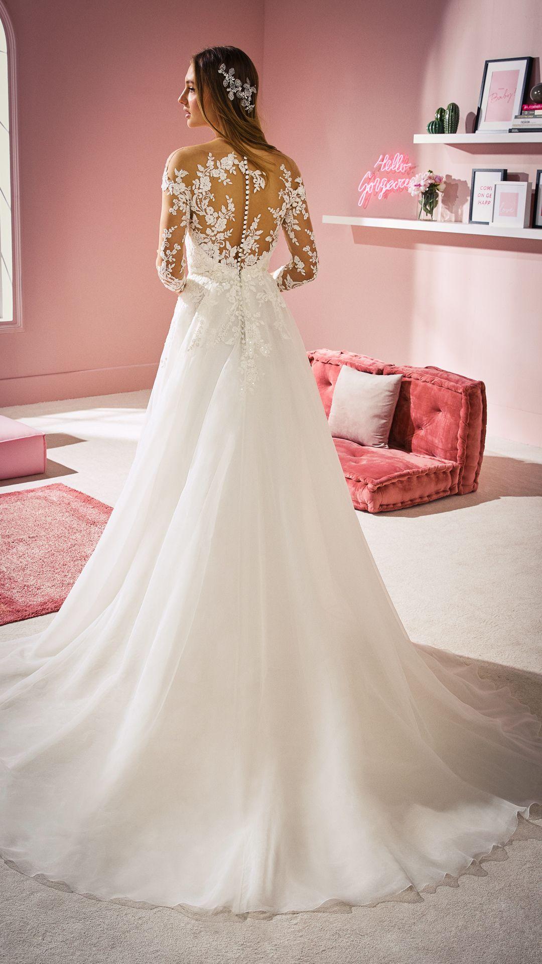 Hochzeitskleider 20 White One Kollektion Modell: CHLOE-C