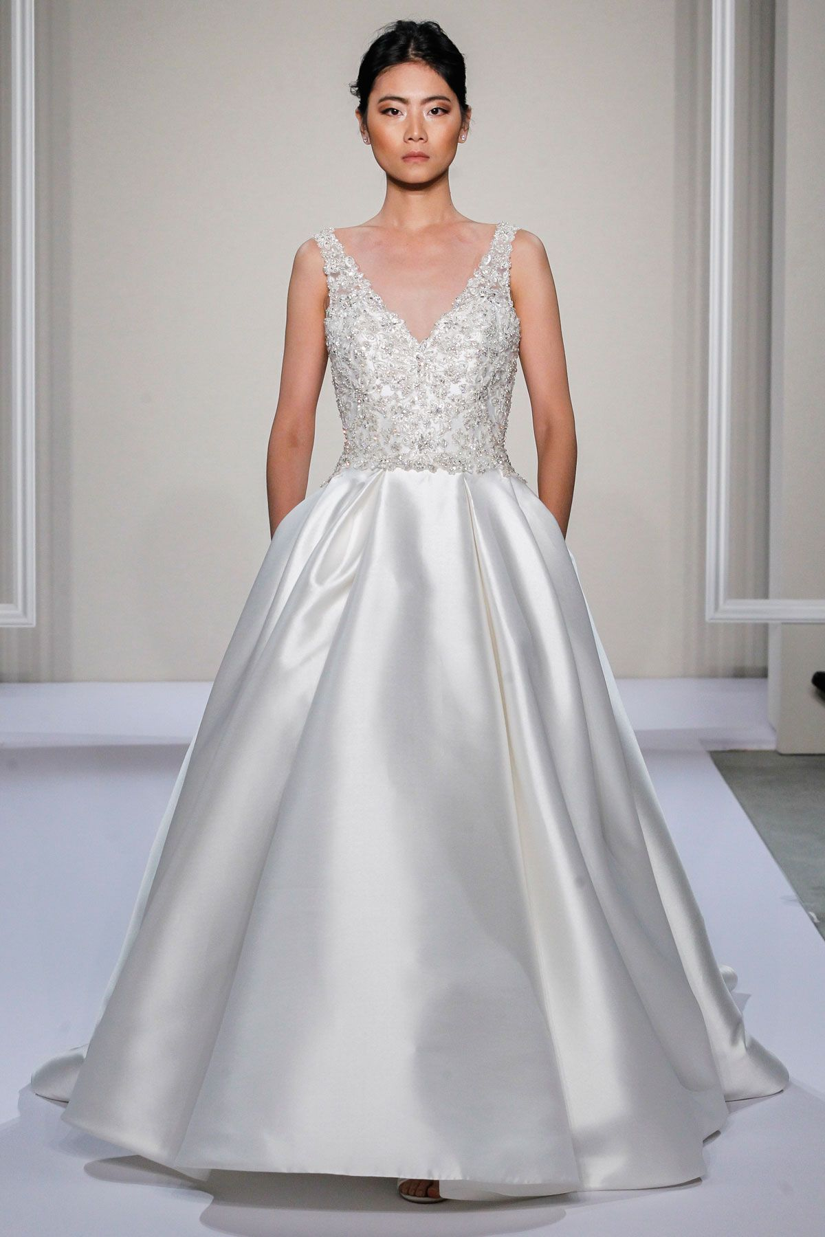 NYC-Inspired Gowns by Dennis Basso for Kleinfeld Bridal 2016