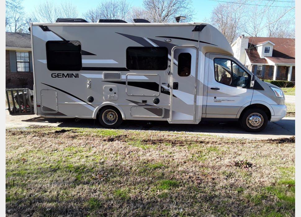 2017 thor motor coach gemini 23tr rv rental in westside