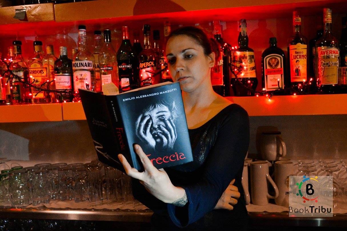 Quando al bar non c'è niente da fare...si legge!!