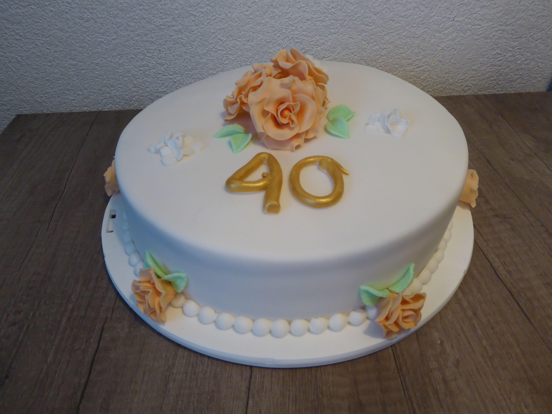 hello kitty 40 jaar taart 40 jaar getrouwd | Taarten | Pinterest hello kitty 40 jaar