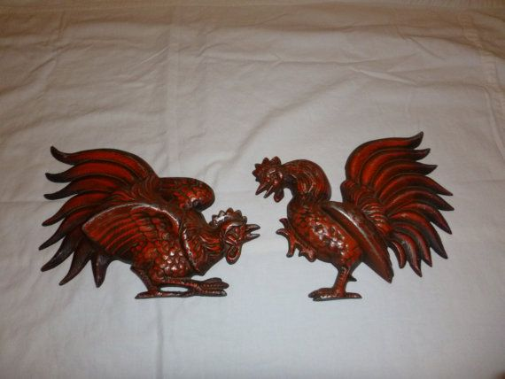 Hoda Metal Fighting Chickens Gamecocks Wall Hangings Etsy Wall Hanging Metal Wall Hangings Metal