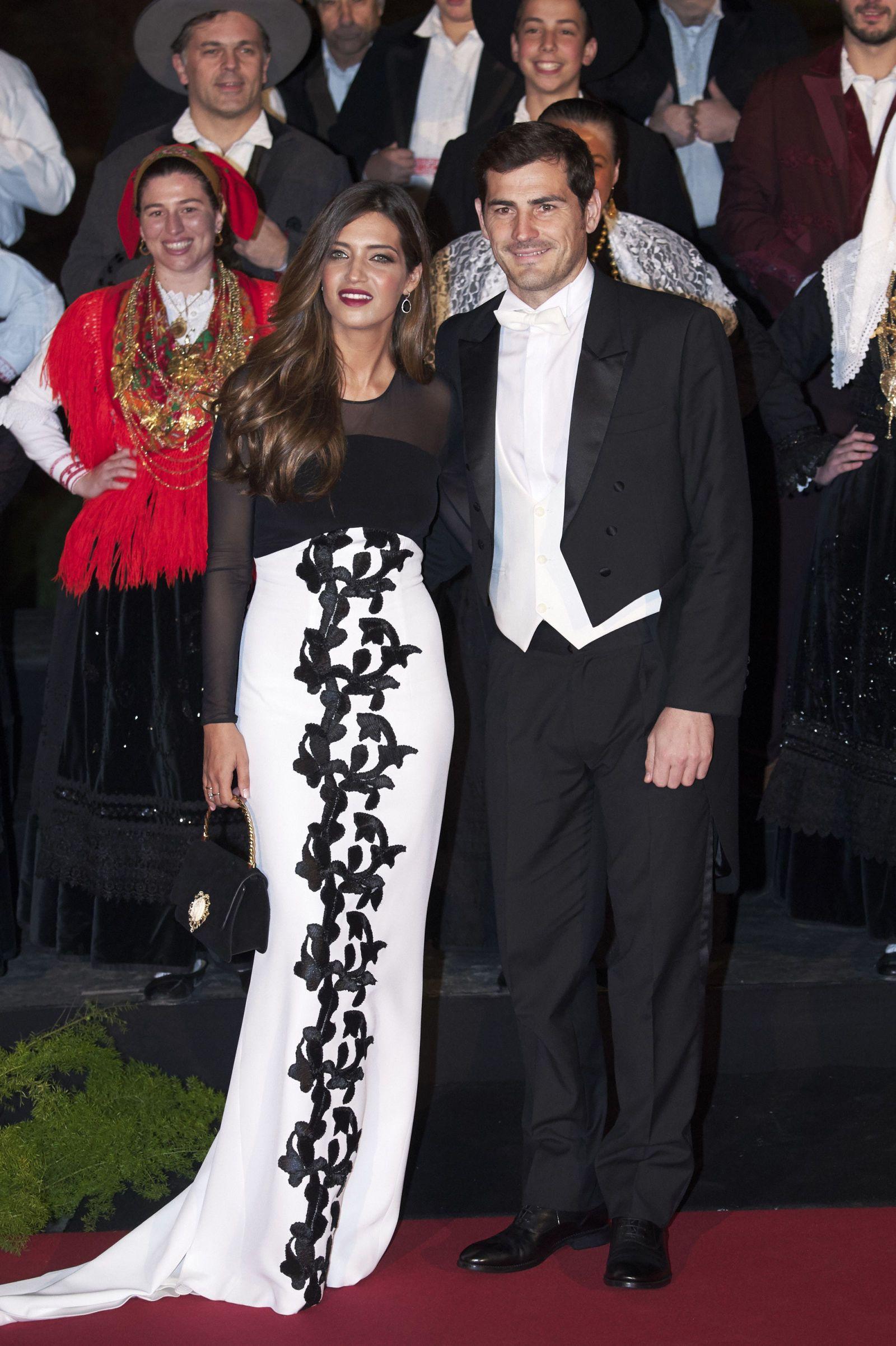c69dd2ad460d Sara y Letizia, reinas de estilo | Style | Vestidos de noche ...