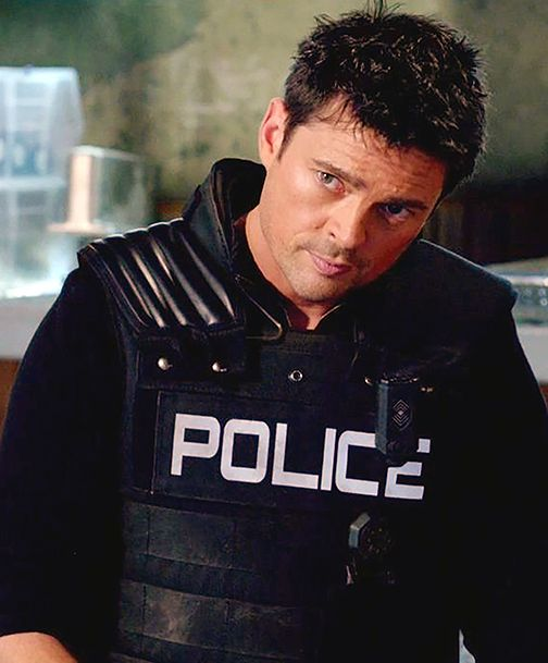 """Karl Urban in Almost Human, """"Unbound"""" (edits by Kathleen Adams).Pleased as I am that AH finally came out on DVD, rewatching it reminds me of what a really good show it was, and what a truly great show it would have become. Stupid, stupid FOX."""