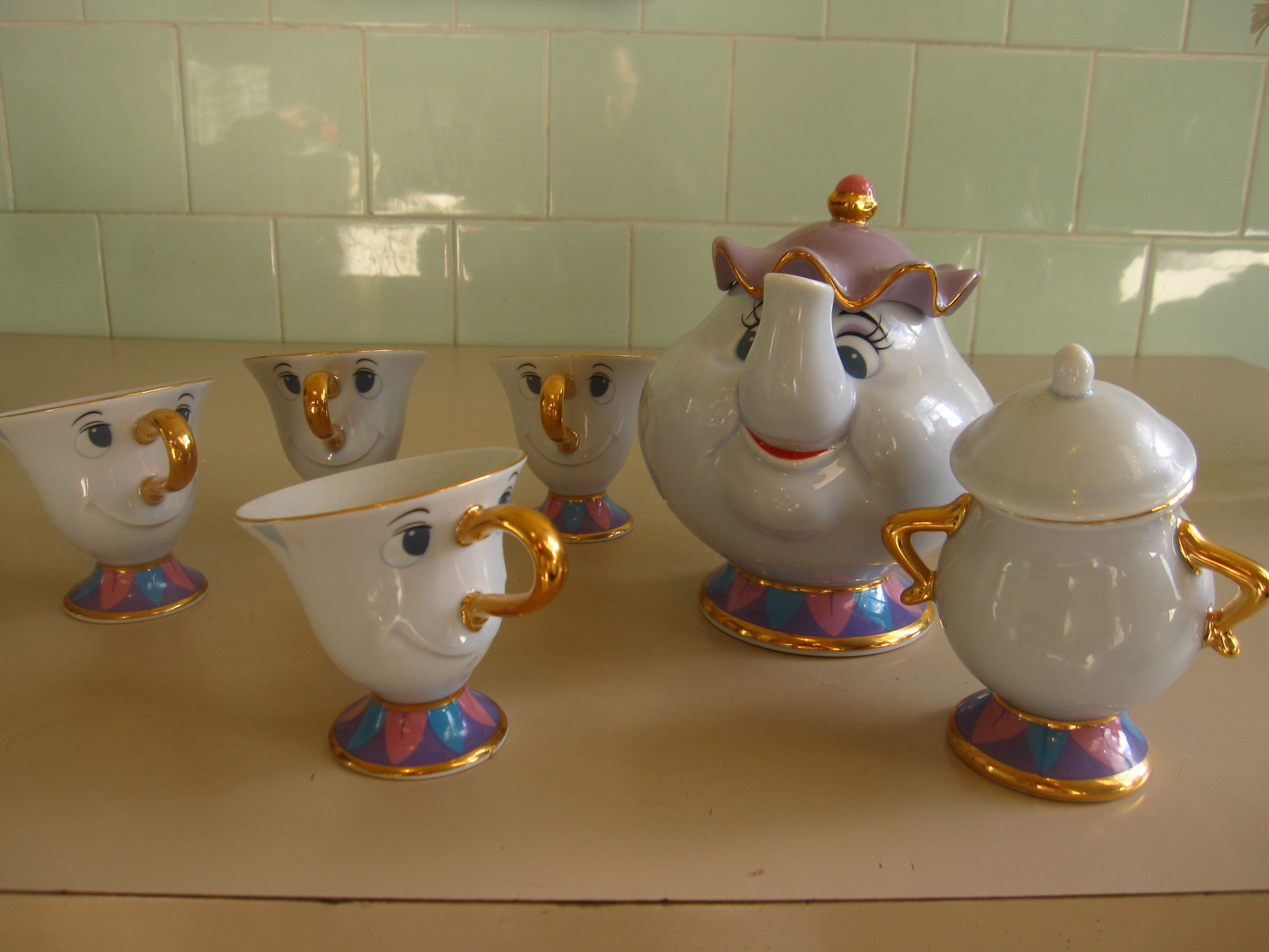 Mrs potts chip christmas decoration - Beauty And The Beast Tea Set Featuring Mrs Potts Chip And A Very