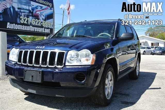 Drivers Wanted For This Sleek And Seductive 2005 Jeep Grand