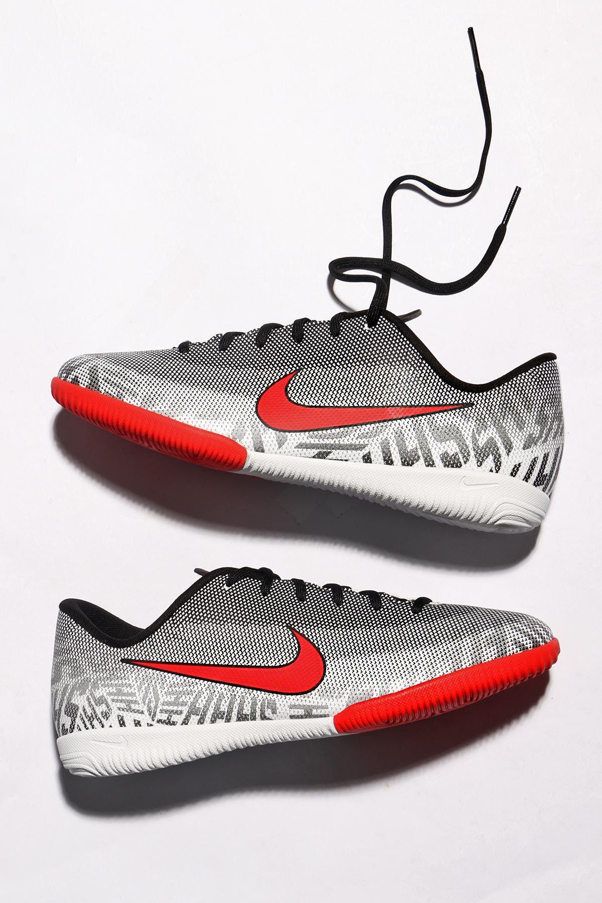 b72d8f335a2 📌Nike Jr. Mercurial Vapor XII Academy NJR IC📌 Nuevas botas de fútbol Nike