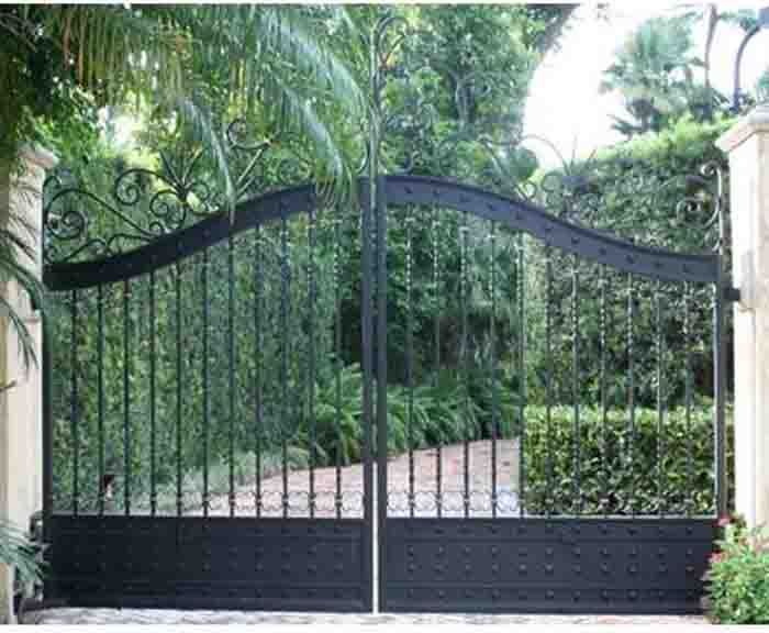 Solid Iron Driveway Gate Custom Built To Fit Any Entrance