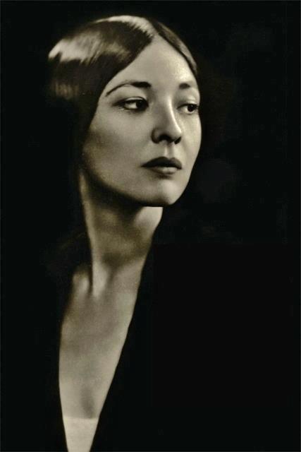 Te-Ata (1895-1995), circa 1935