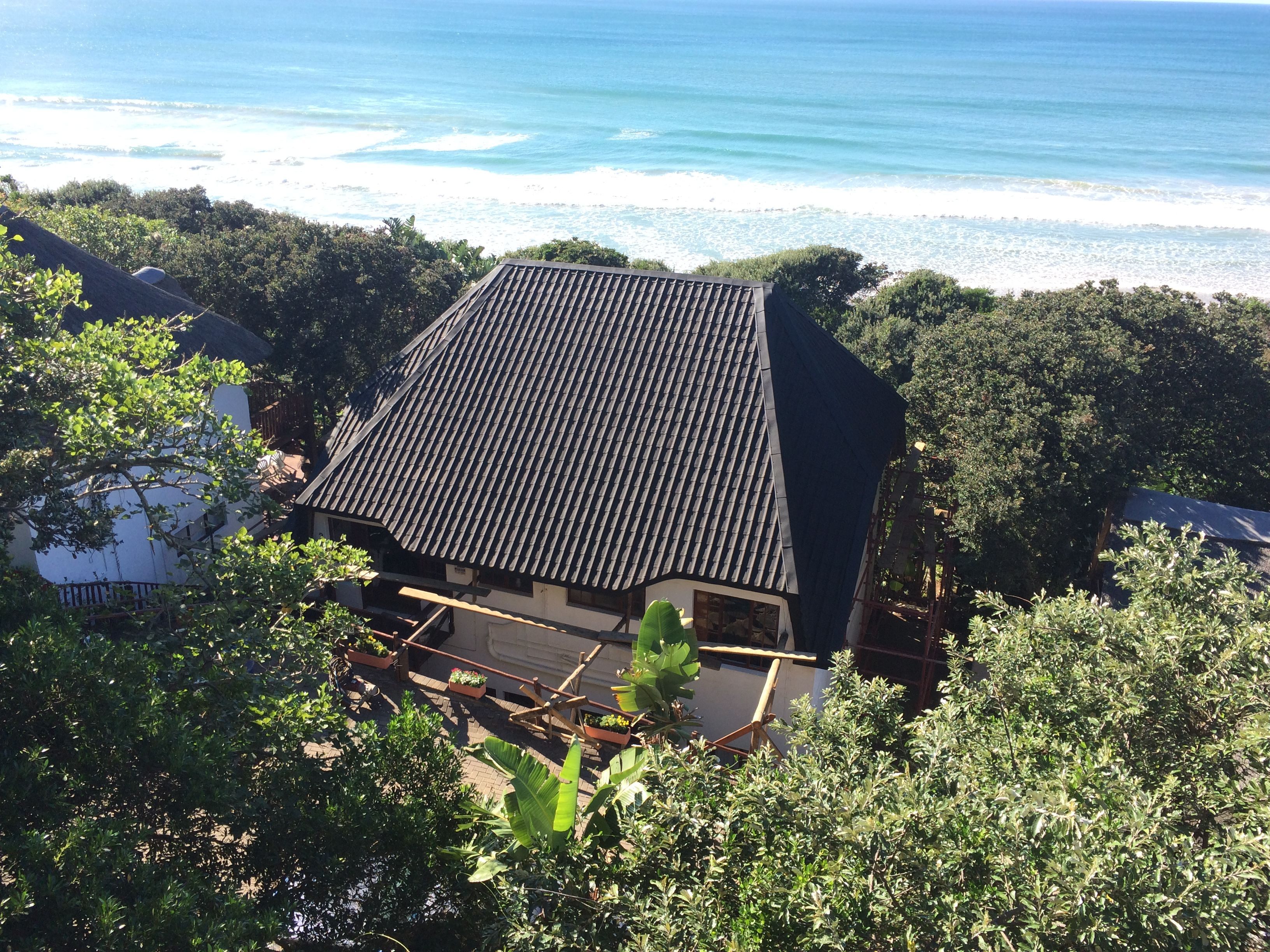 Thatch Roof Converted To Charcoal Grey Onduvilla Tiles In Cintsa Eastern Cape South Africa Thatched Roof Thatch Roof