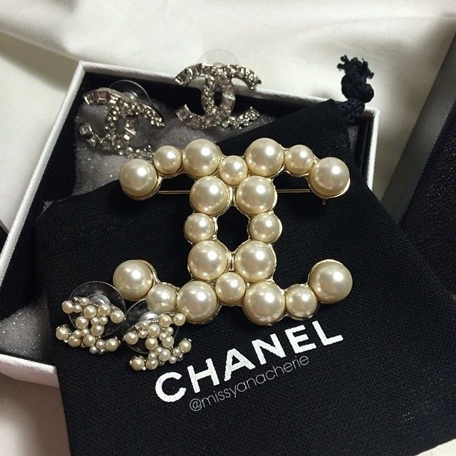 bergdorfprincess:  Chanel  (at Crossroads Country Mall)