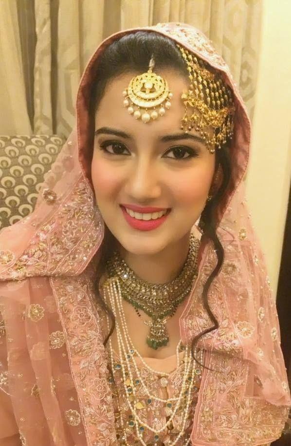 Avantika Kapur Freelance Bridal Makeup Artist Delhi Wedding Mantra