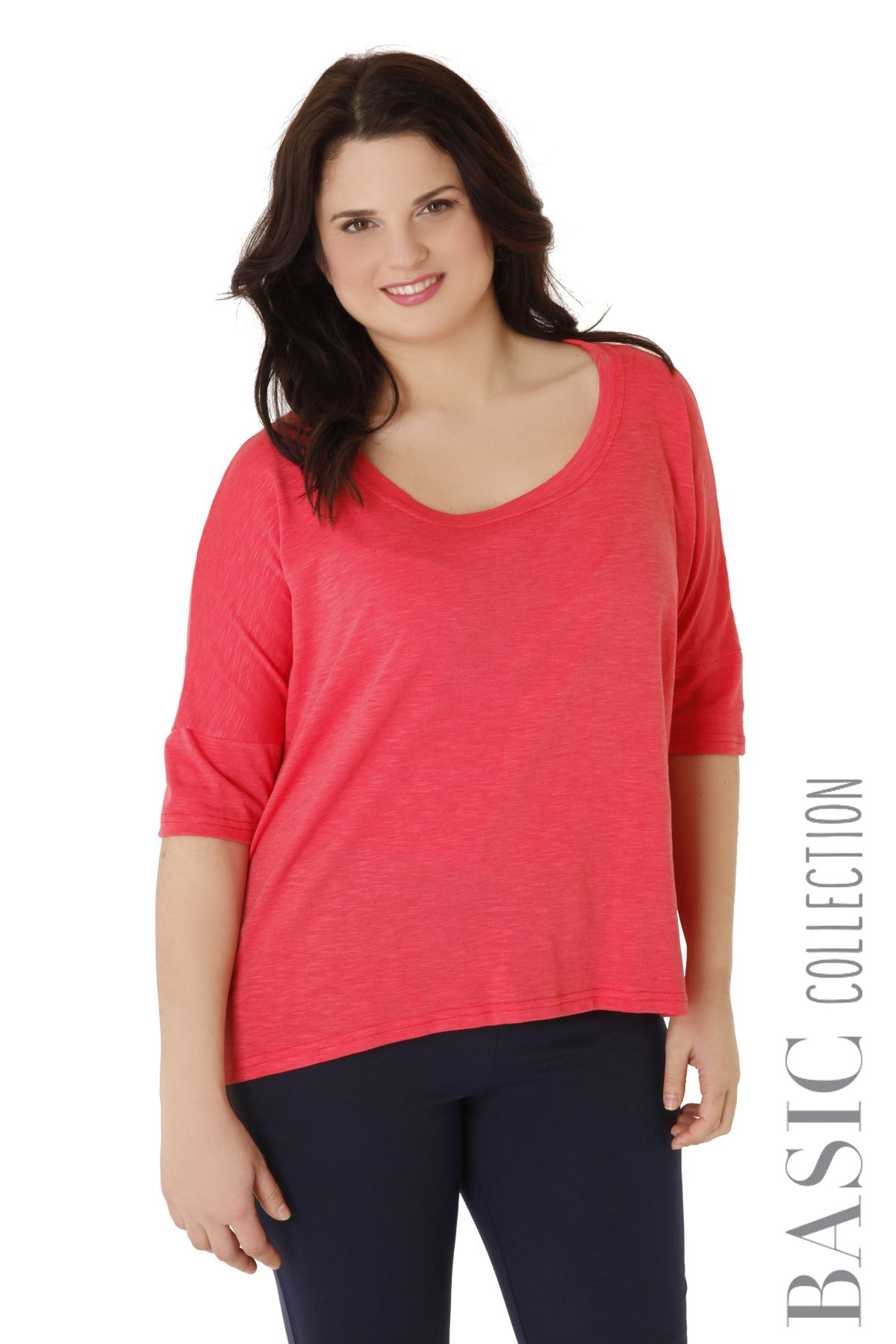 d15848109630 Top made of flama with feminine neckline and 3 4 sleeves. Available in 4  colours.