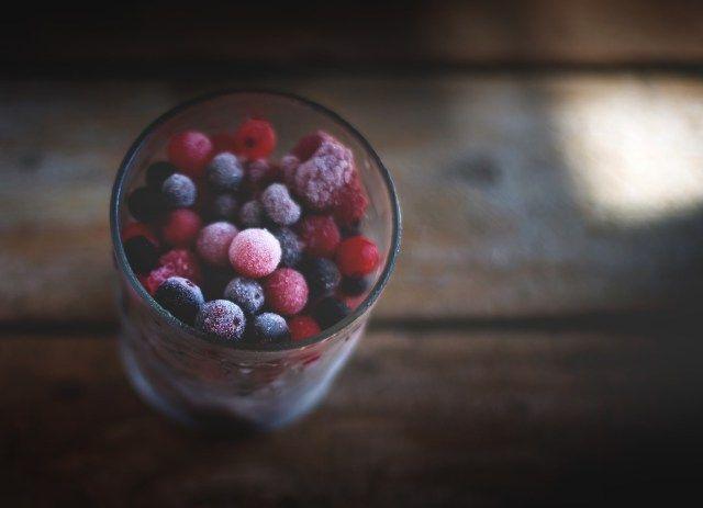 Conto como congelo legumes, frutas, pães, e outros alimentos para ajudar nos dias de preguiça na cozinha.