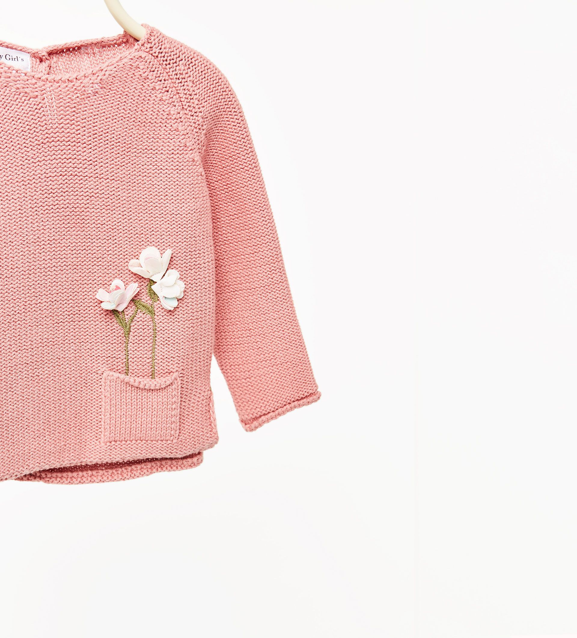 aae46ef31 Floral sweater with pocket