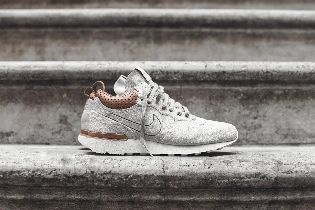 cheaper 856ed e73b9 Nike Internationalist Mid Royal - Sandtrap