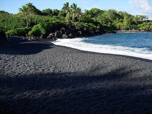 Black Sand Beaches Of Dominica Archipel Plage Ile