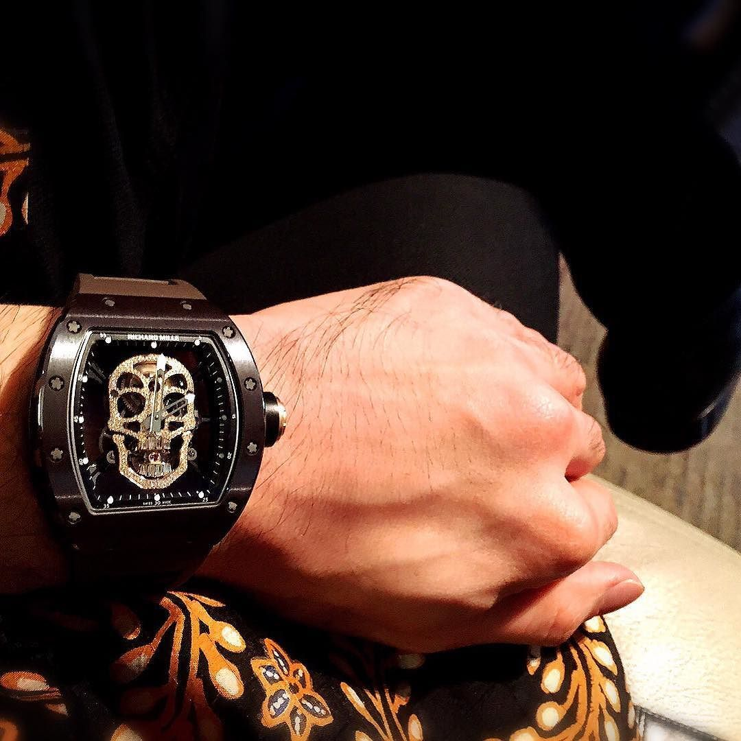 You are remembered for the rules you break.  #RM052-01#skull #diamonds #tourbillon #luxurytoys #luxury4play #limited #collection #wristgame #wristporn #officialrichardmille by iwan_liman