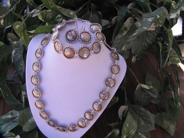 Concho Necklace, Bracelet and Earring Set