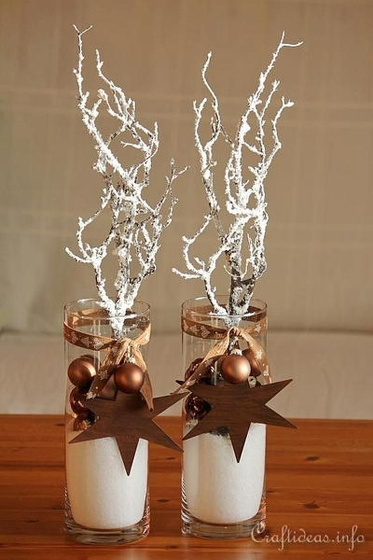 Longdrink Glazen Vullen Met Kerst Decoratie Nodig Poeder Sneeuw Takken Wit Gespoten Kerstballetjes Rustieke Kerstversiering Kerst Kerst Ornament