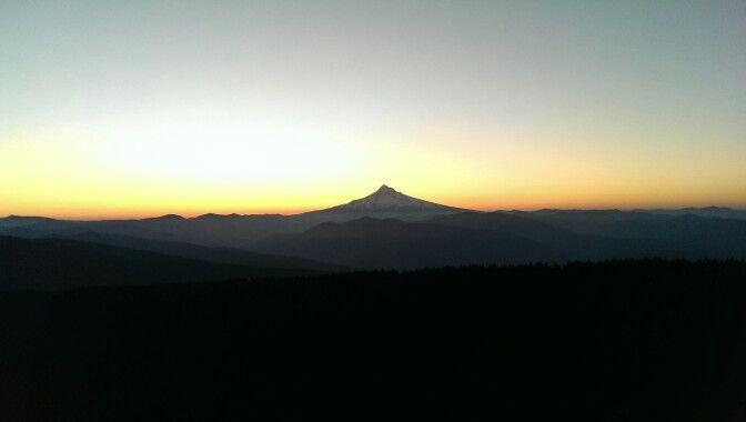 Sunrise at Larch Mountain