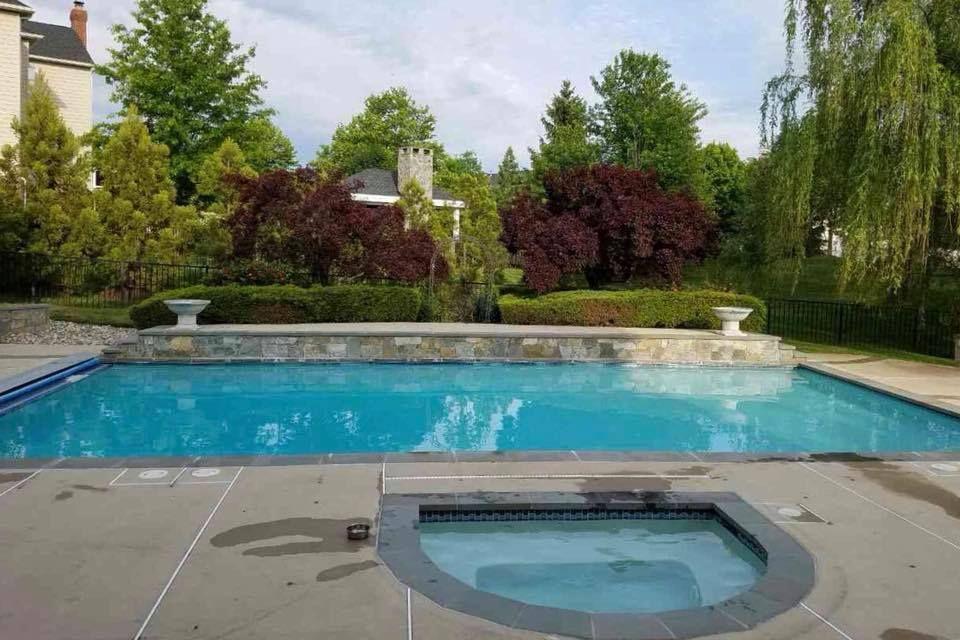 Residential Pool Service Pool Opening Pool Maintenance Great Falls Va Com Imagens Piscinas De Luxo Piscina Luxo