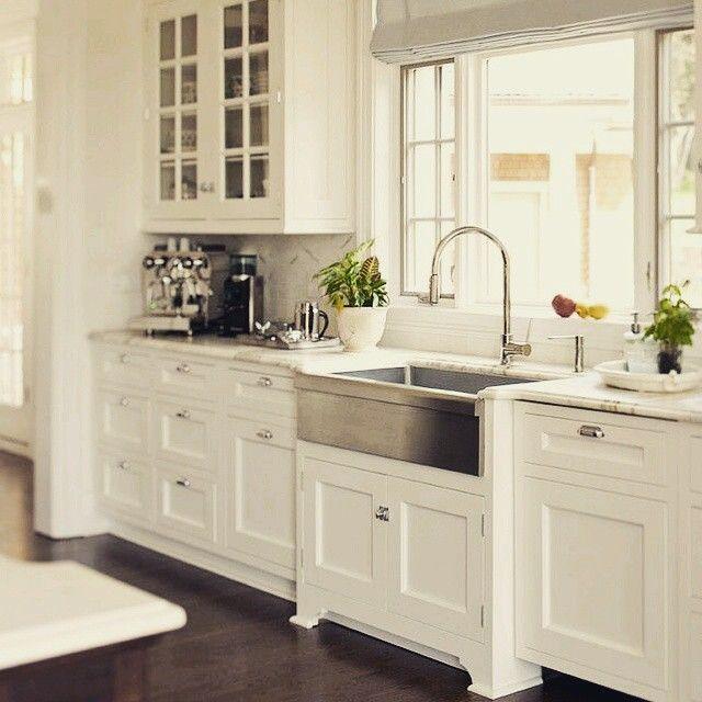 Kitchen Remodeling Trends Of 2015 Alliance Woodworking Farmhouse Sink Kitchen White Kitchen Design Kitchen Renovation