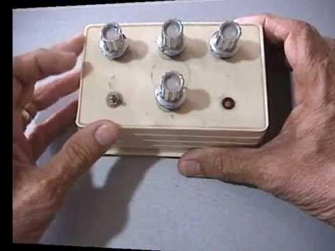 Preamplificador mezclador de audio hecho en casa con sólo un transistor y componentes baratos.