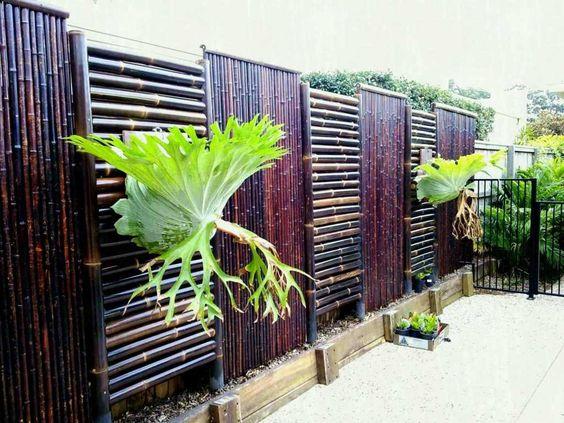 30 Model Pagar Bambu Unik Dan Kreatif Impianrumahku Com Desain Pagar Pagar Kebun Teras Halaman Belakang