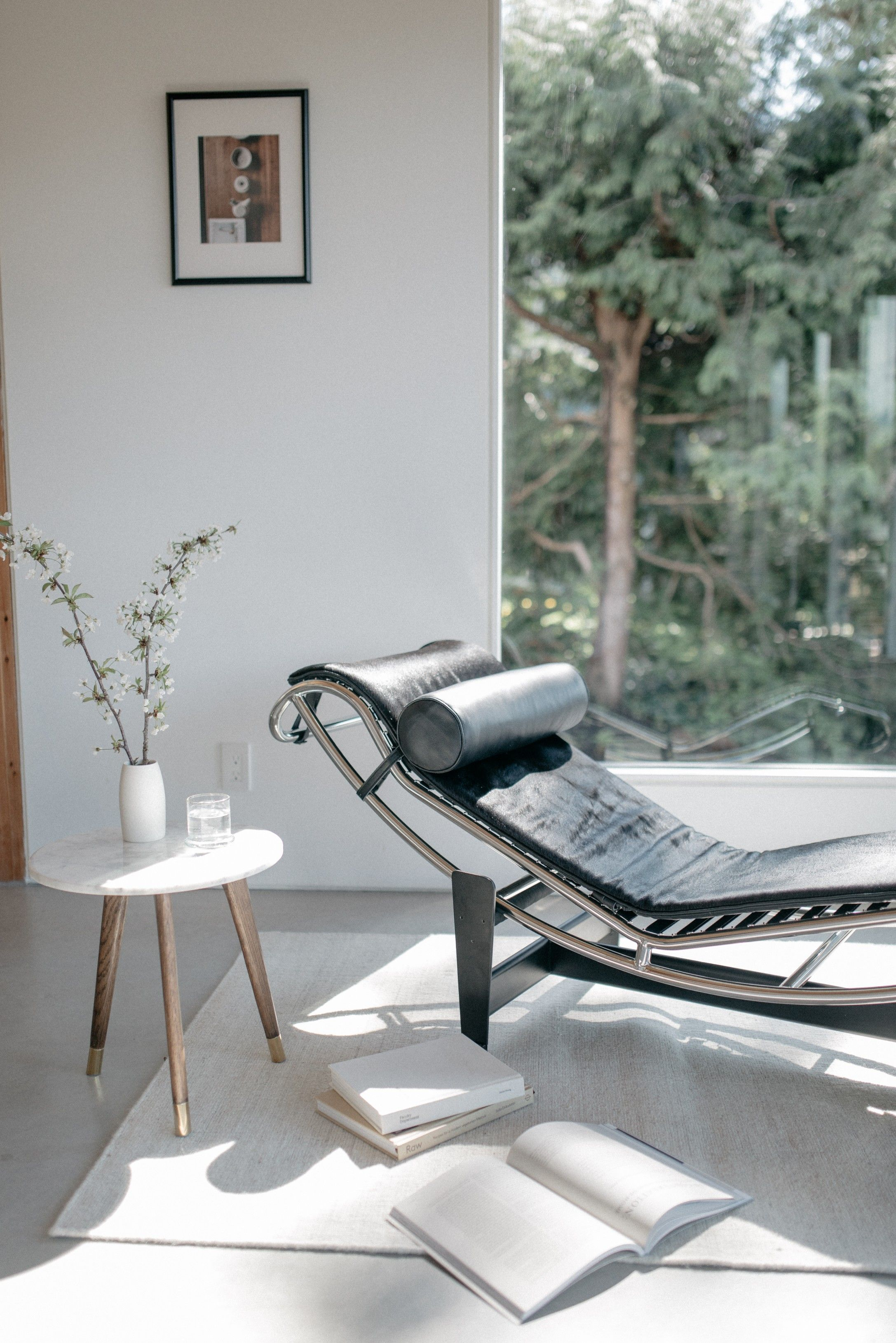 Le corbusier lc4 chaise longue 傢俱 in 2019 chaise