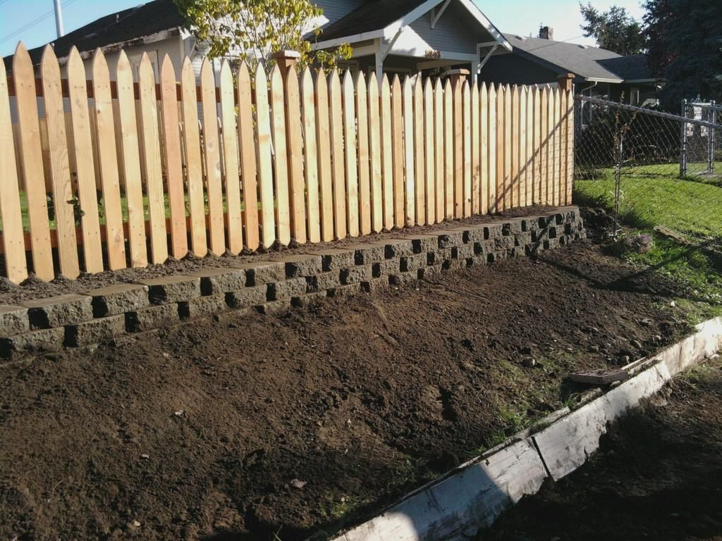 Posts About Fence On Nw Solid Rock Construction Backyard Retaining Walls Wood Fence Design Fence Design
