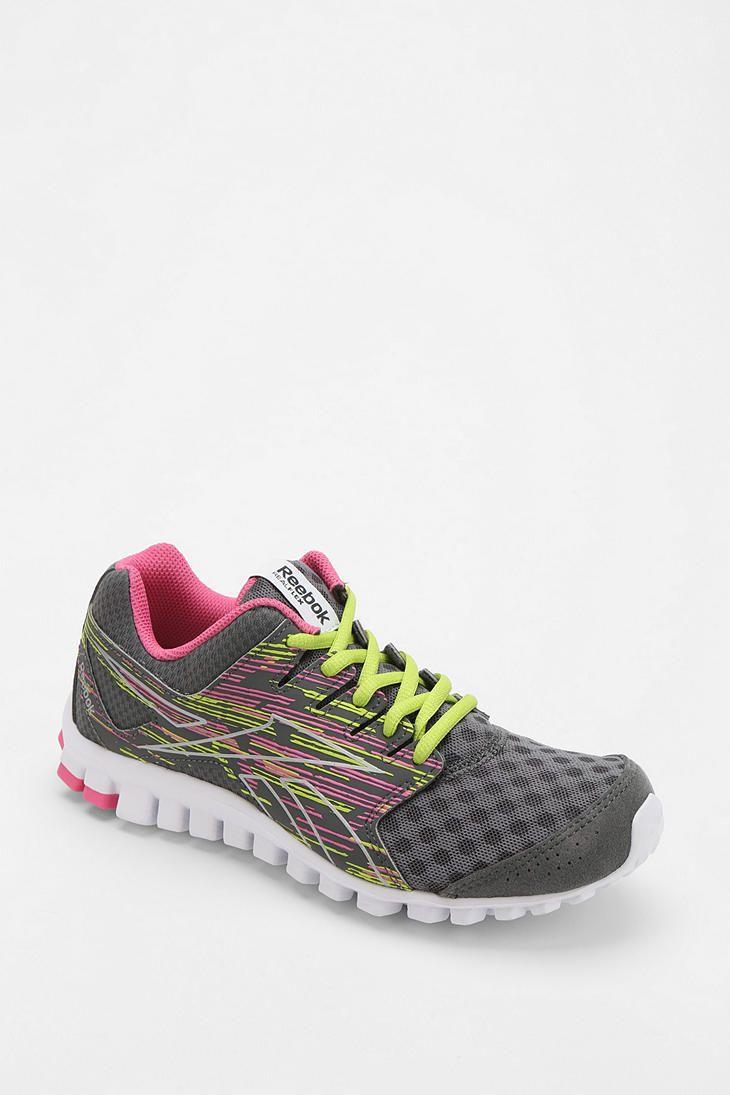 0a9f86bdcc1605 Reebok RealFlex Scream 3.0 Running Sneaker