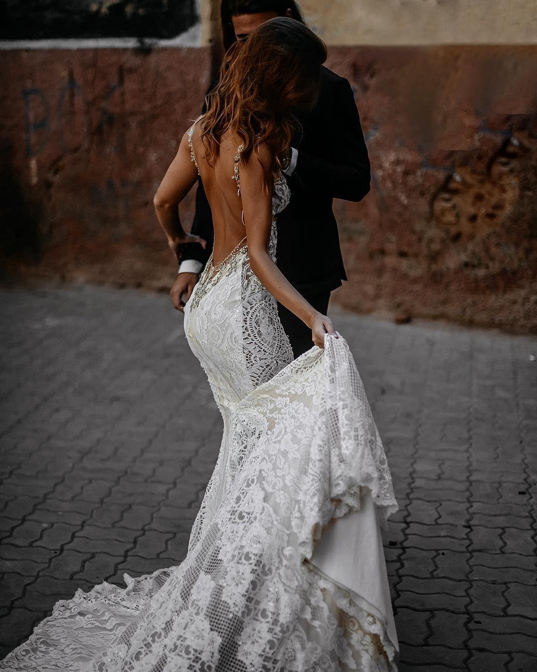 New Vintage Lace Backless Elegant Simple Modest A Line Wedding Dresses Wd0261 Long Wedding Dresses Ivory Wedding Dress Beach Wedding Dress [ 1024 x 1024 Pixel ]