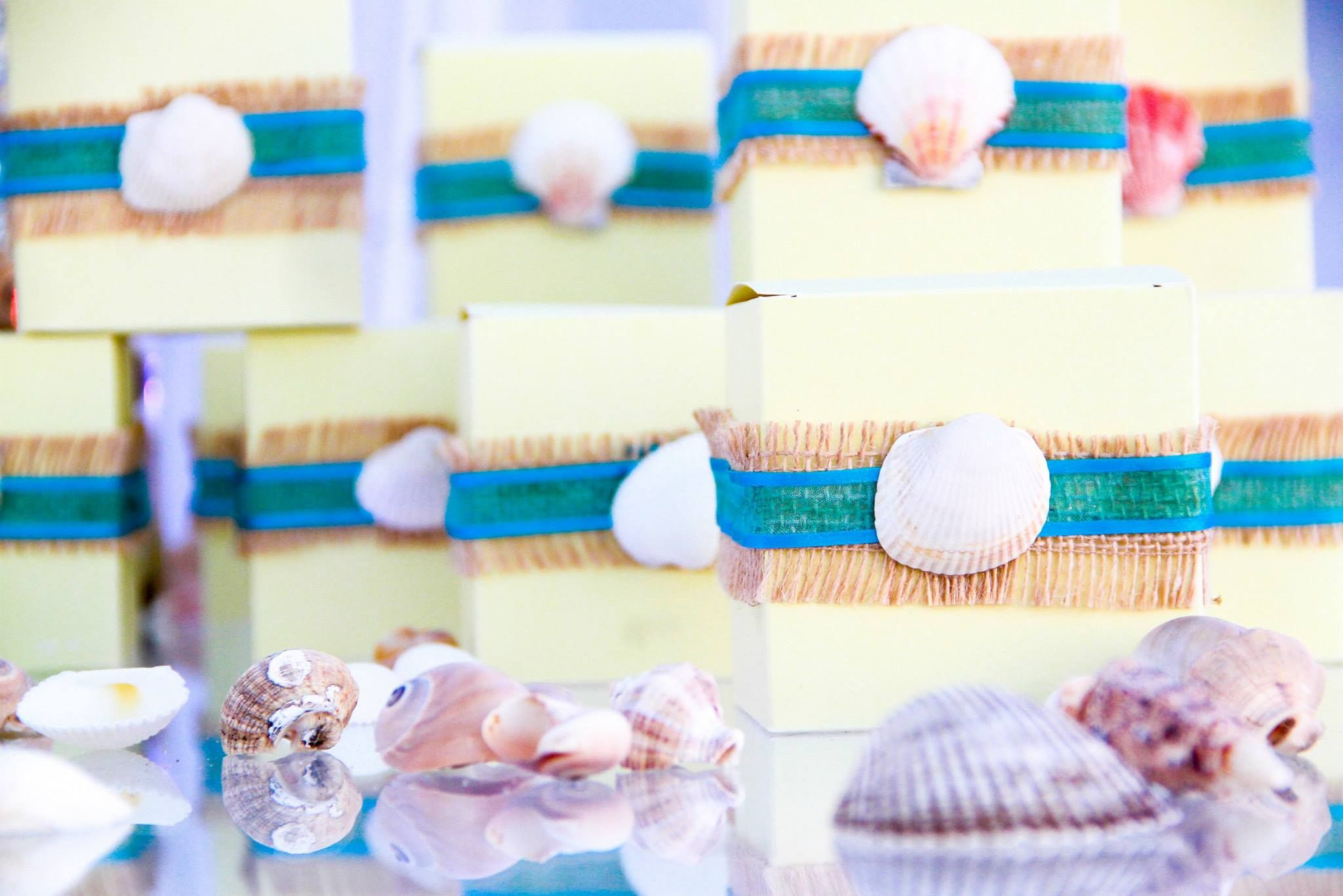 Cake boxes filled with different types of cakes aruban