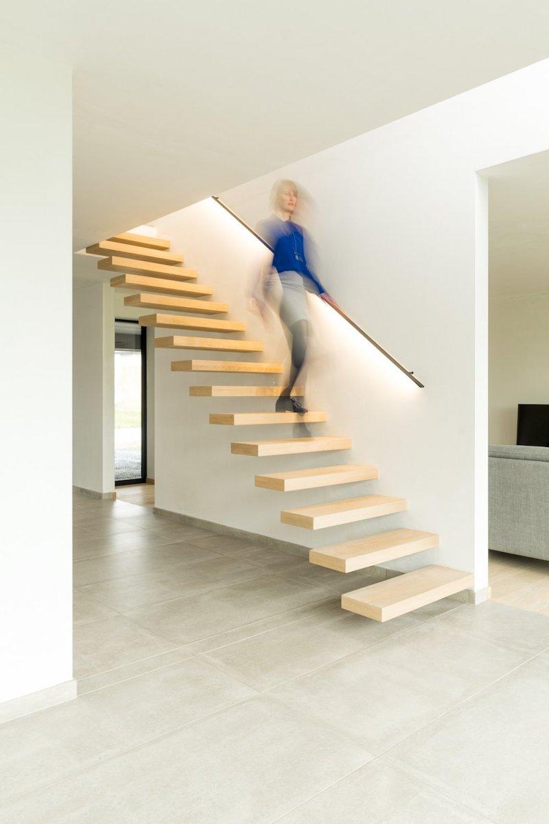 Zwevende trap – Foto's en gunstige prijs bekijken   Decotrap